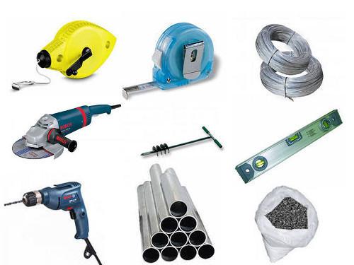 Материалы и инструменты для строительства забора из сетки Рабица