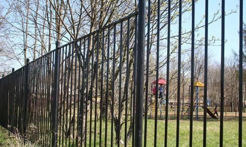 Железный забор своими руками