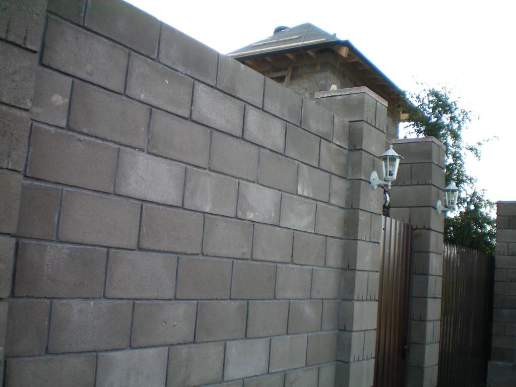 Забор из блока своими руками