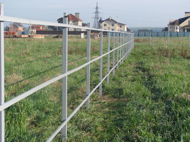 Построить забор из профнастила своими руками фото