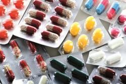 Принятие медикаментов при рвоте желчью