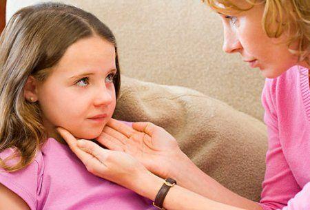 Любой недуг, касающийся малыша заставляет трепетать нервы родителей.
