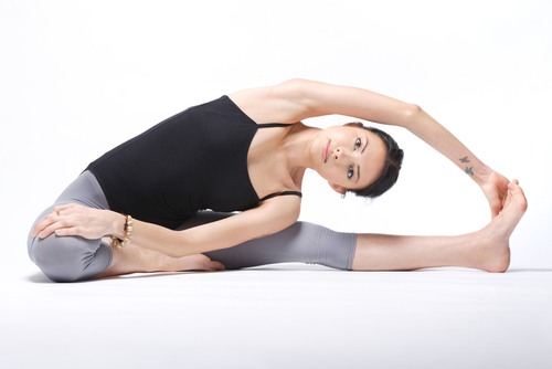 какие упражнения йоги особенно полезны для осанки