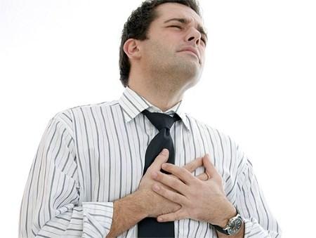 Когда долгий кашель при простуде ведет к бронхиту и пневмонии