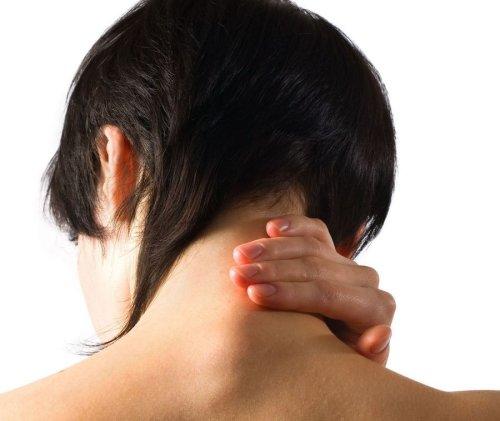 кифоз шейного отдела позвоночника - опасное нарушение физиологических изгибов