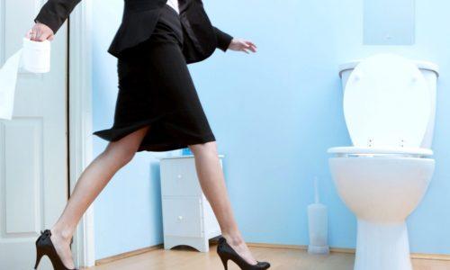 В зависимости от характера заболевания может наблюдаться нарушение мочеиспускания