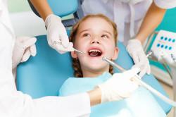 Диагностика бутылочного кариеса у стоматолога