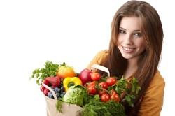 Правильное питание для профилактики налета на языке