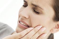Зубная боль - признак кариеса