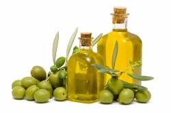 Оливковое масло для чистки зубов