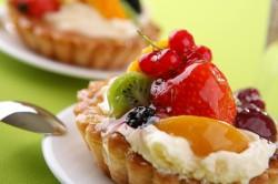 Употребление сладкого - причина развития кариеса